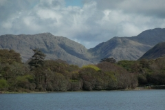 Pollacappul-Lough-at-Kylemore-Abbey-3